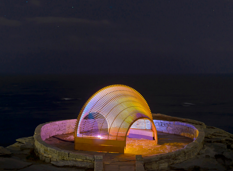 nicole-larkin-dynamics-in-impermanence-sculpture-by-the-sea-designboom-02